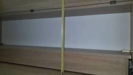 Высота верхнего отсека для вязальной машины - 38 см
