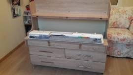 Вязальный стол с двумя ящиками, машина в рабочем положении, цвет - дуб сонома